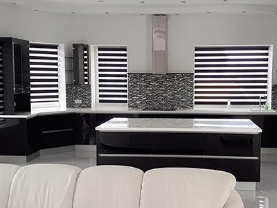 Fekete akril konyha